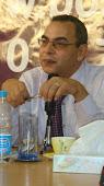 الدكتور احمد خالد توفيق مثلي الاعلي وكاتبي المفضل
