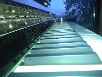 PIANO ACUSTIC FURSTEIN