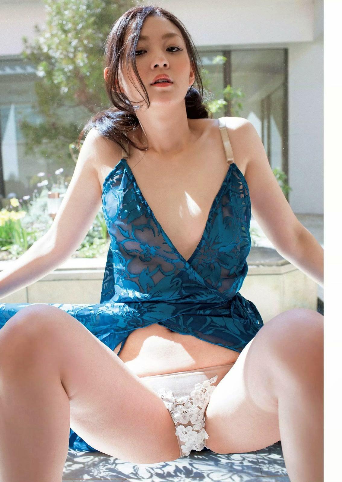Hosoya Rena 細谷レナ Weekly Playboy 週刊プレイボーイ No 18 2015 Images 4
