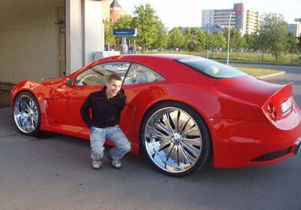 Custom Cars Big Wheels