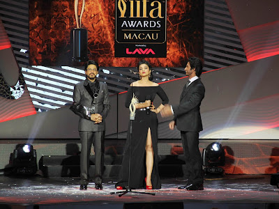 Shahid Kapoor, Parineeti Chopra and Shahrukh Khan At International Indian Film Academy Awards