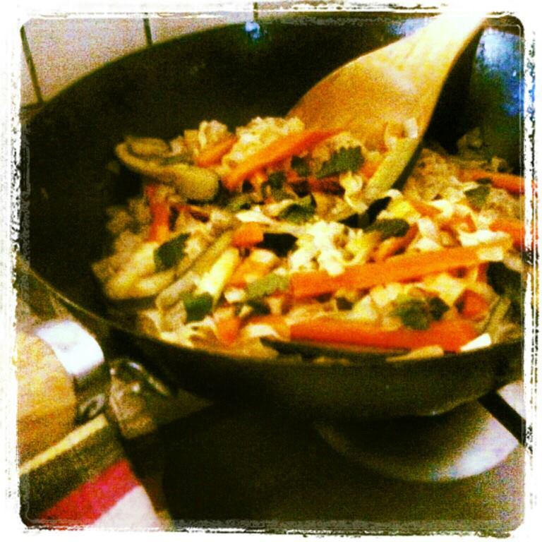 Vivir diferente en familia has probado cocinar con for Cocinar con wok
