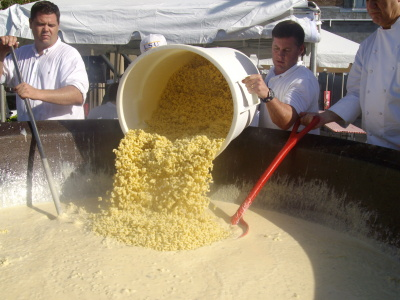 macaroni and cheese, New Orleans, John Folse, Guinness World Record