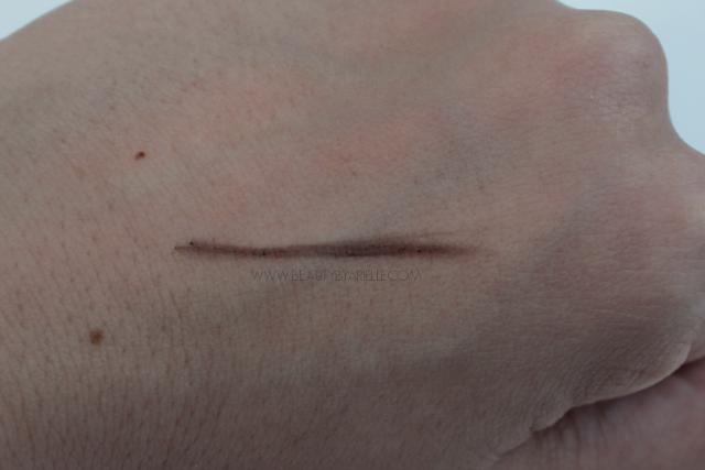 Santé Eyebrow Pencil