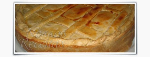 receita fácil de torta de frango. foto do passo a passo
