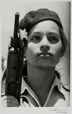 Miliciana (1962) by Korda