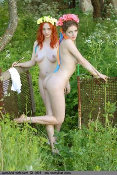 Деревенское кино комедия голые девки в деревне