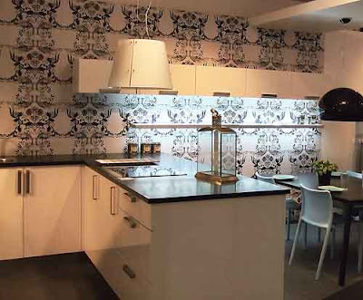 modern wallpaper for kitchen -design and ideas