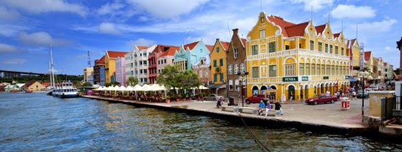 Carnival Breeze: Curacao