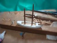 casco-miniatura-em-construção-VG
