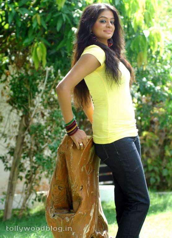 Priyamani Latest Photos In Yellow TShirt unseen pics