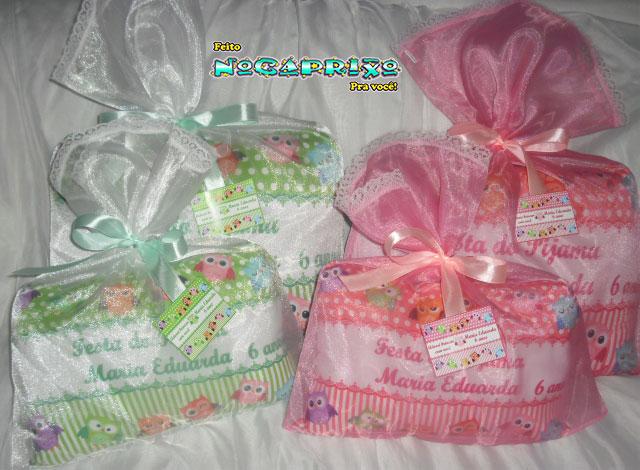 Almofadas Personalizadas - Festa do Pijama da Maria Eduarda