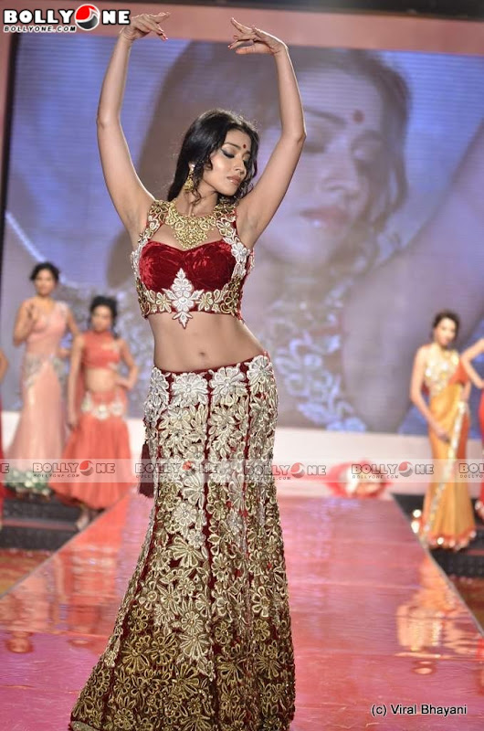 Shriya Saran Walks at Swarovski Gems Gem Visions India sexy stills