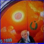 ufo-or-sun-in-mural-art