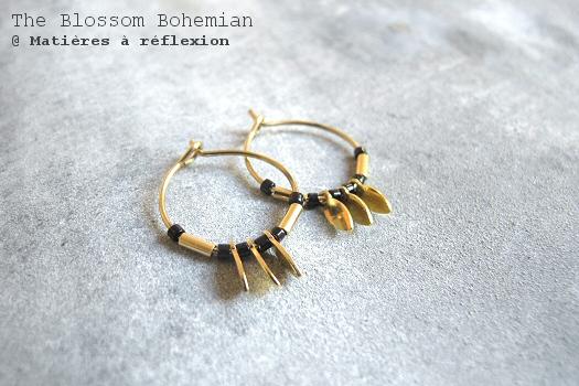 Boucles créoles dorées noires The Blossom Bohemian