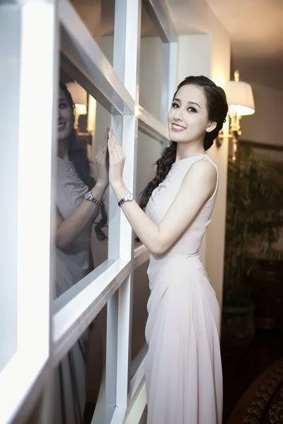 Mai Phuong Thuy - Lovely photo