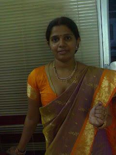 Desi Aunty Saree