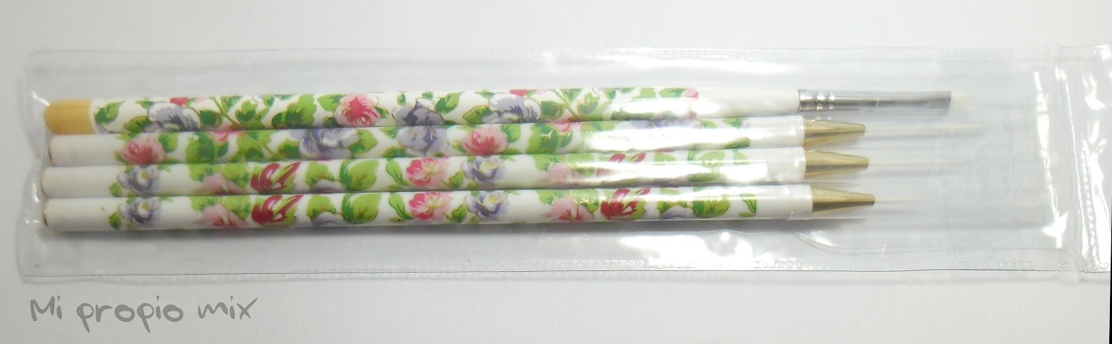 Nail art brushes Born Pretty Store