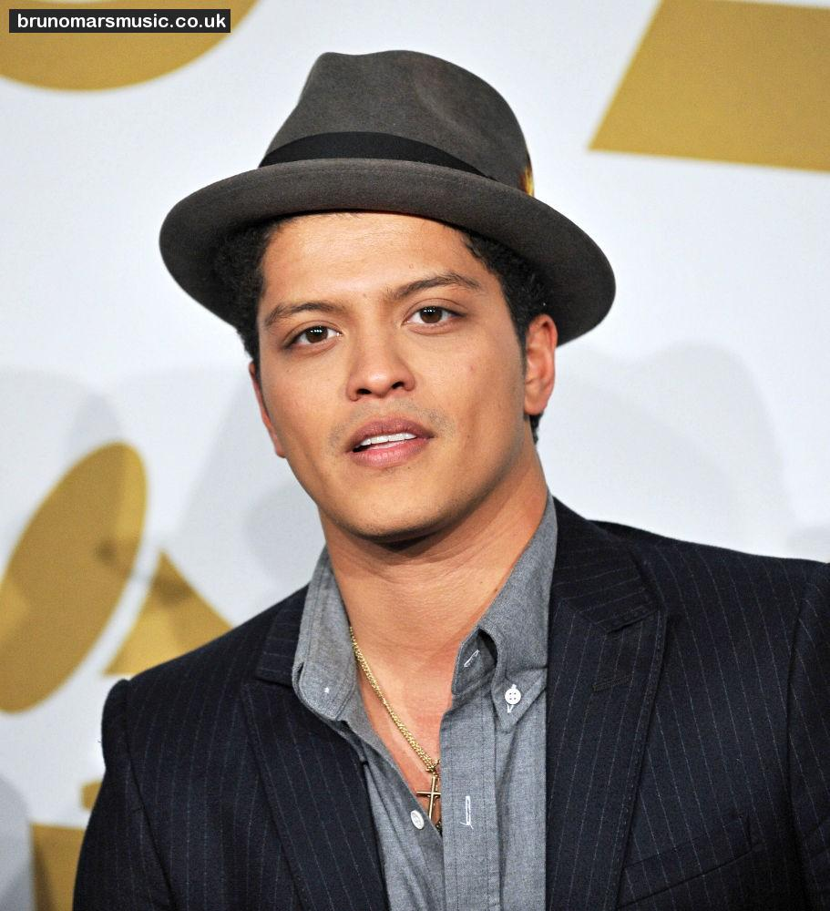 bruno mars on planet mars - photo #42