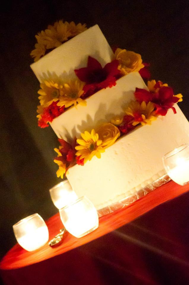 katie cakes: Red & Yellow Spring Wedding