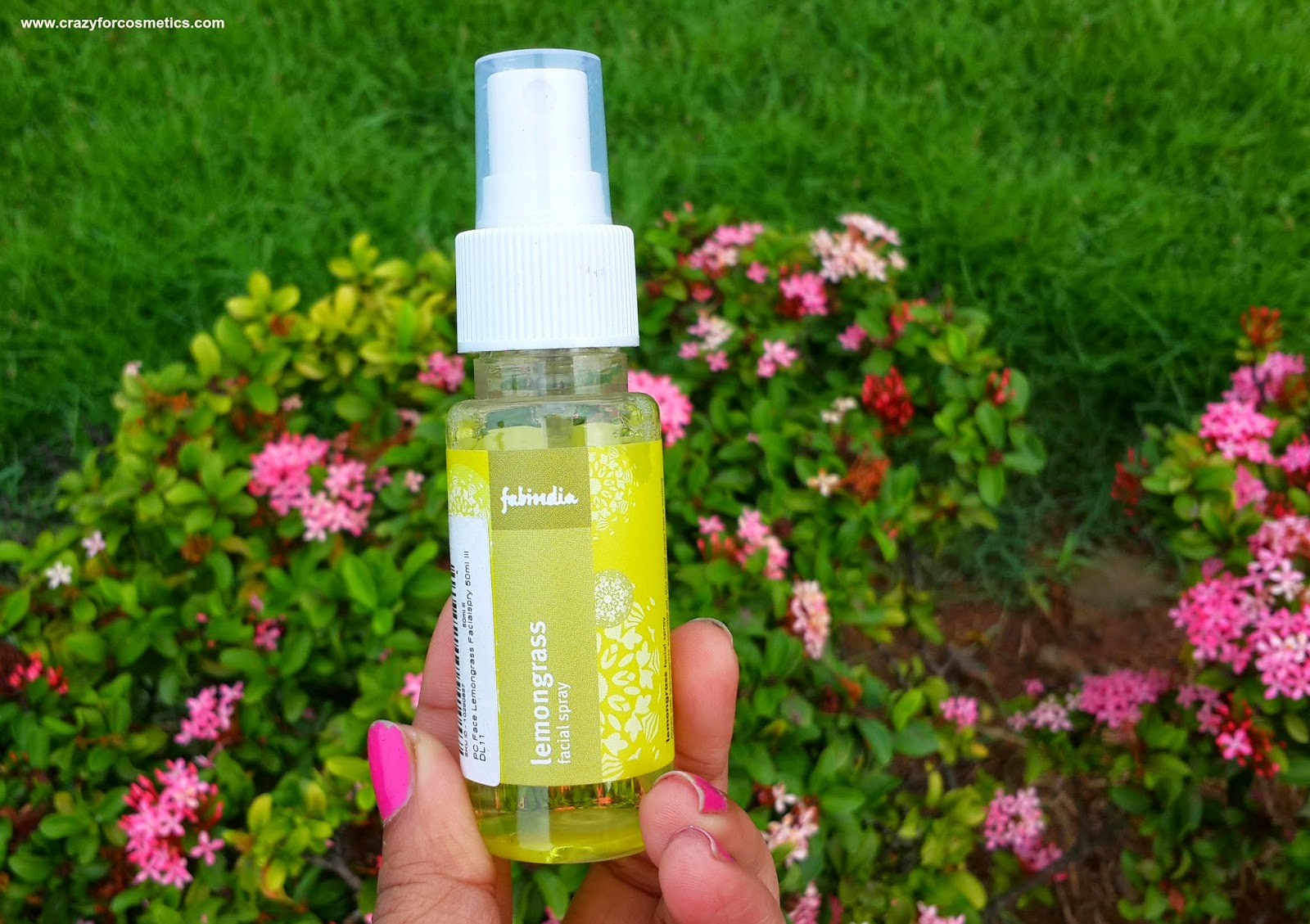 fabindia lemongrass facial spray packaging