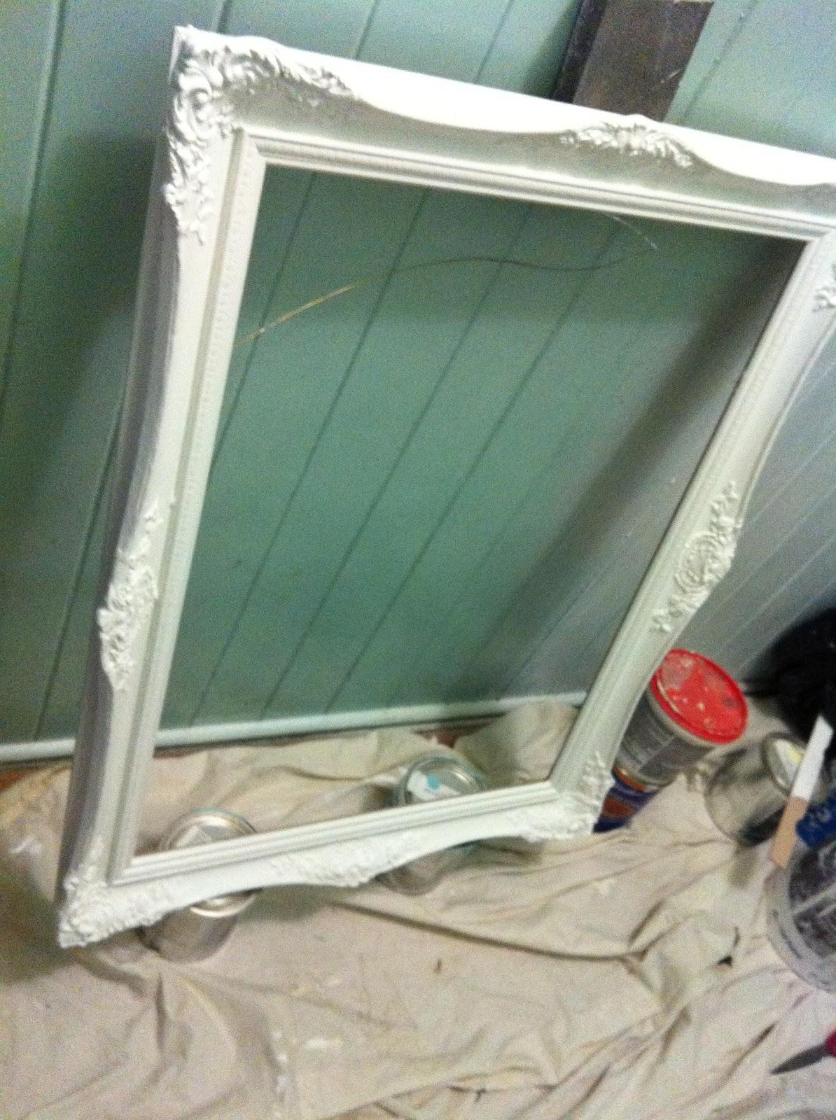 Divine Decor on a Dime: How to make a Framed Chalkboard