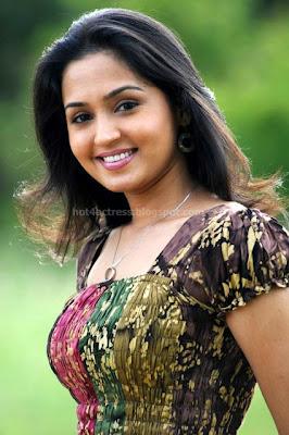 Gajala latest photoshoot pics