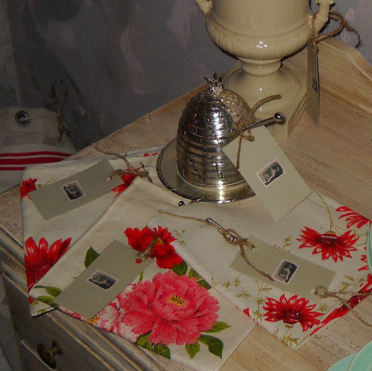 Wonderful Floral Linen Tea Towels