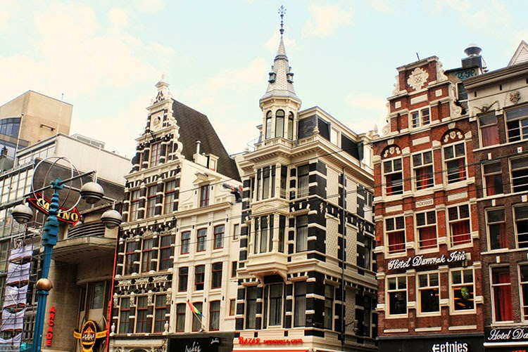 WALK AROUND AMSTERDAM CITY