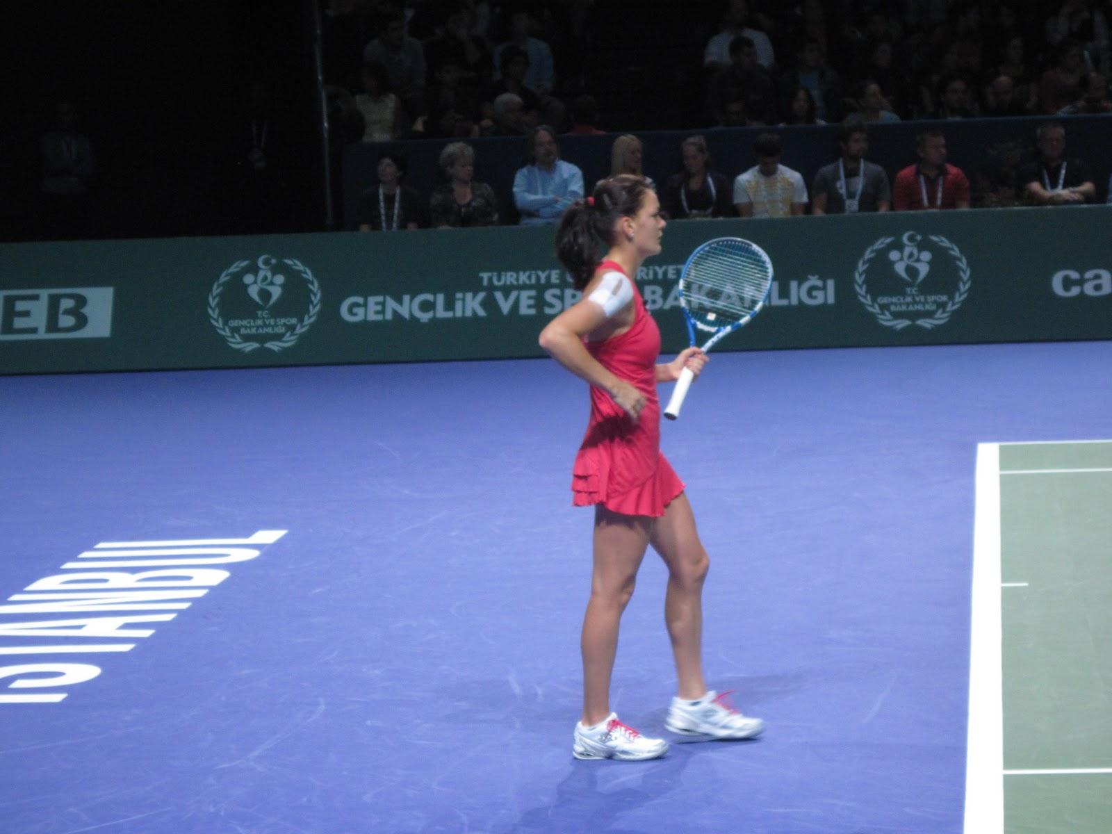 Vera Zvonareva: kısa tenis oyuncusu biyografisi