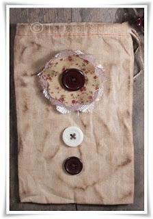 Grungy Button Bag