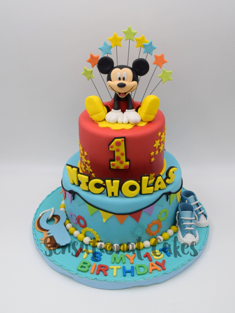 Mickey Mouse Cake For 1st Birthday We All Love And This Is A Great Combination Of Artistry Theme To Make Perfect