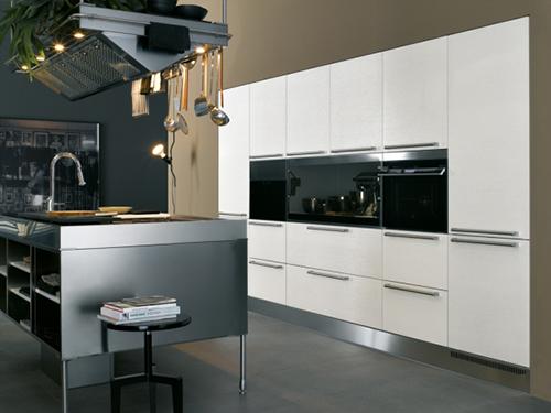 Espectaculares fotos de una cocina integral moderna for Cocina integral blanca moderna