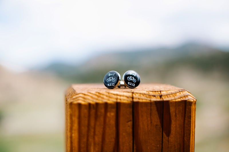https://www.etsy.com/listing/101585555/bike-monogram-and-date-cufflinks?ref=shop_home_active_16&ga_search_query=bike