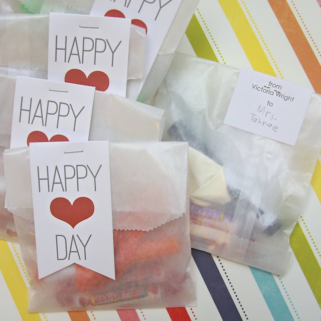 Valentine Day Treat Bag Topper | iloveitallwithmonikawright.com