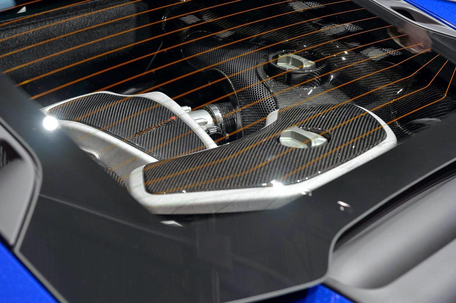 2015 McLaren 650S Engine