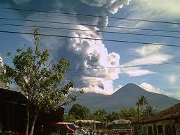 Erupción volcán Ilamatepec (2005)