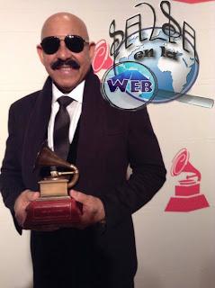 ► Oscar de León Recibe Premio a la Excelencia Musical