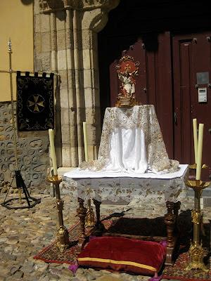 Pequeño Altar de las franciscanas del monasterio de la Concepción. Corpus Chico. 2012. Foto M.J. Soto.