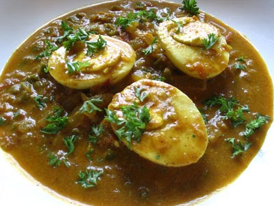 Shahi egg curry lisas kitchen vegetarian recipes cooking as readers here know by now i love cooking weekend breakfasts almost as much i love ethnic cuisines especially indian after some thought this shahi egg forumfinder Image collections