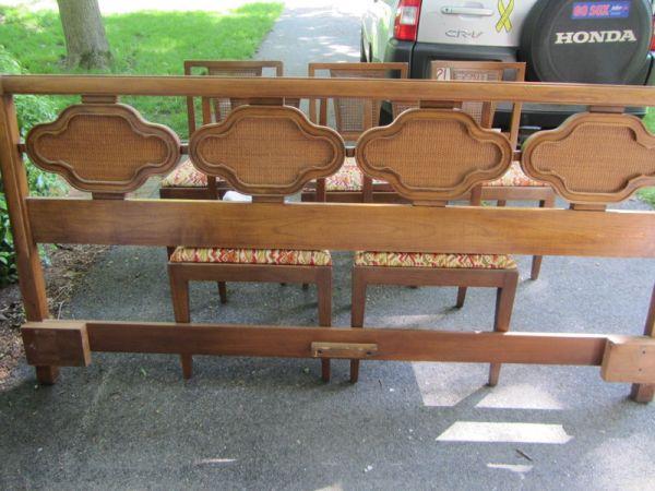 Amesbury Chair Bar Stools