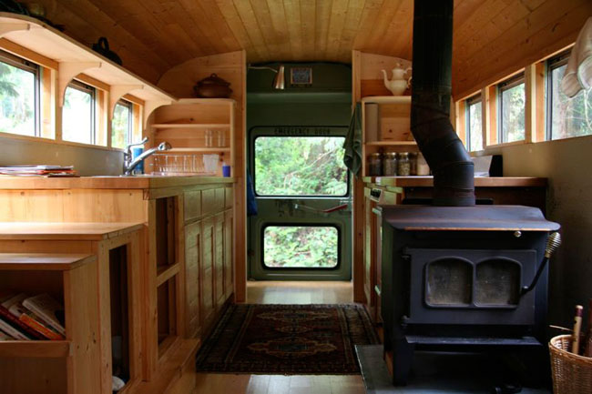 Lloyds Blog Old School Bus Turned Into A Tiny House
