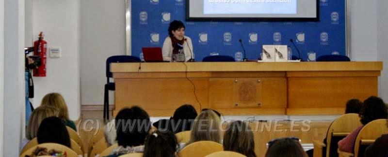 http://www.uvitelonline.es/general/noticias/0/10741/La_bi%C3%B3loga_Idoia_Goikoetxea_present%C3%B3_una_interesante_conferencia_sobre_la_evoluci%C3%B3n_del_parto/