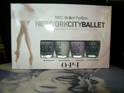 thats the way the cookie crumbles, nail varnish, nail polish, nail lacquer, nails, cosmetics, make up, OPI, New York City Ballet, Mini, petites, neutral, pastel, glitter