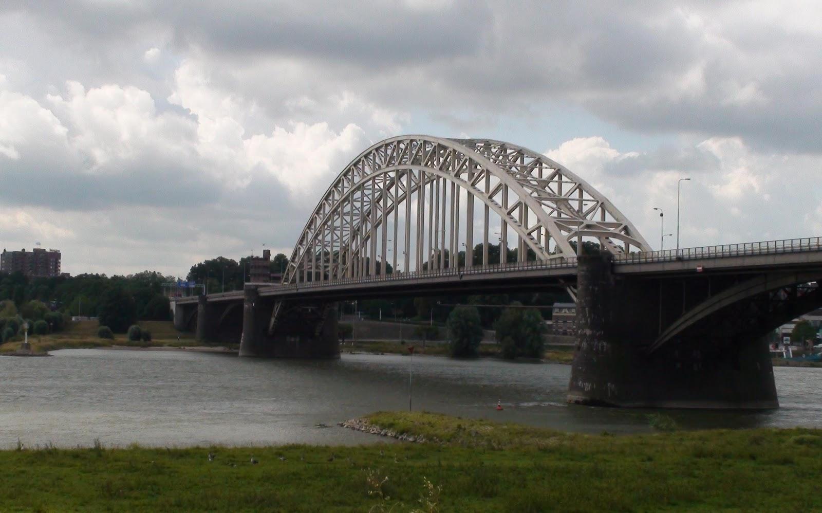 Bridge+from+northeast.jpg