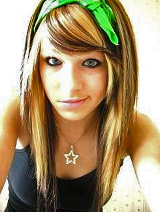 emo girls hairstyles. The Emo hairstyle closely