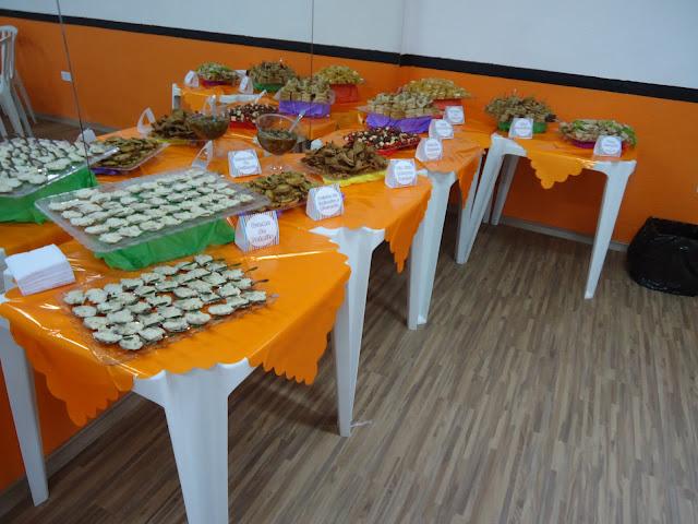 decoracao festa glow:Dona Prig: Decoração e Cardápio: Festa light Finger Food