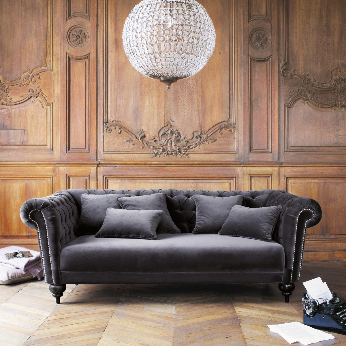 Finding the weimaraner sofa for Canape loft maison du monde