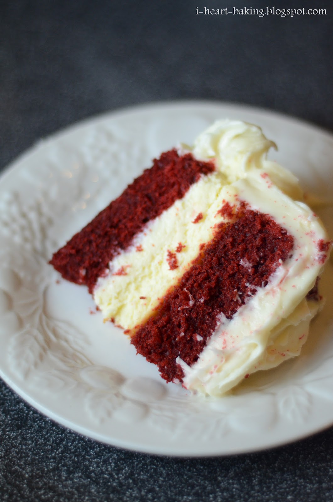 Red Velvet Cake With Cheesecake Middle