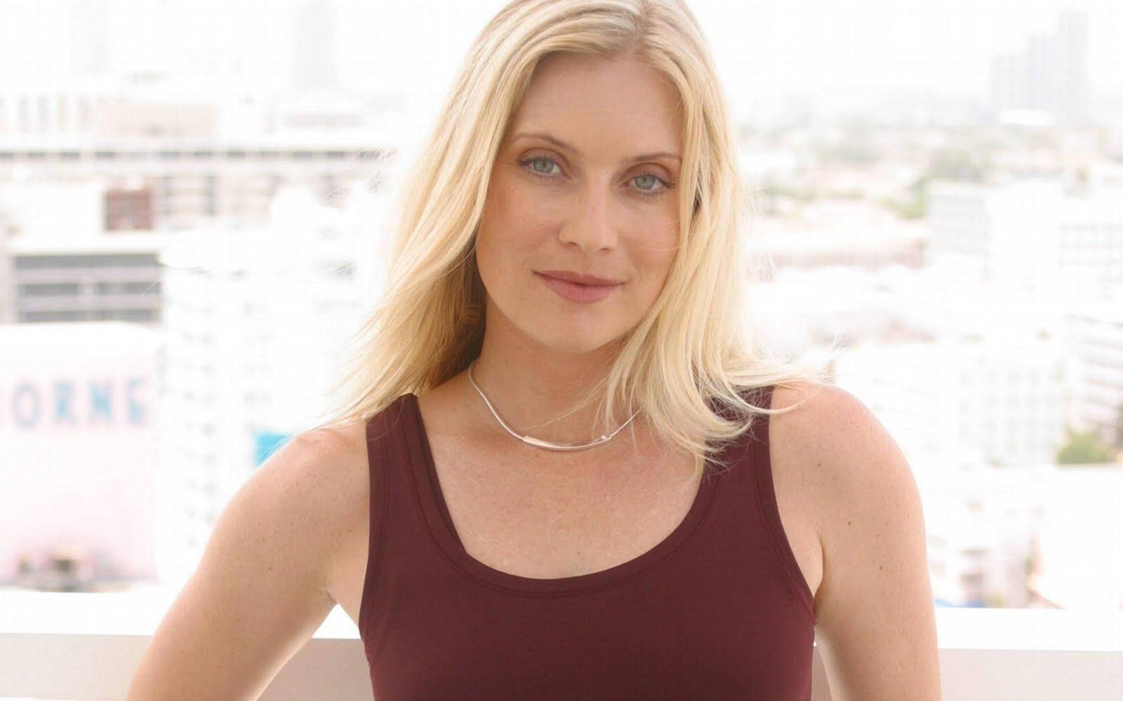 World Actress: Emily Procter Christina Ricci